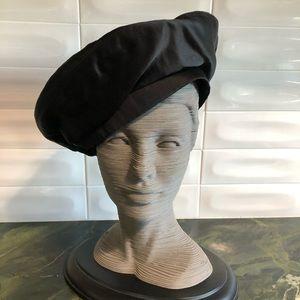 Authentic CHANEL vintage 80s beret